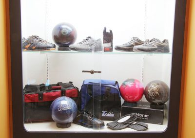 Tenpin bowling shoes and bags